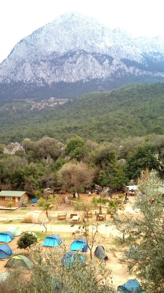 Au fond de la vallée le camping